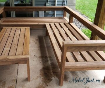 Какие породы дерева лучше использовать при изготовлении уличной мебели?